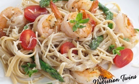 Pasta with Shrimp, Asparagus, Tomatoes, and Herbs