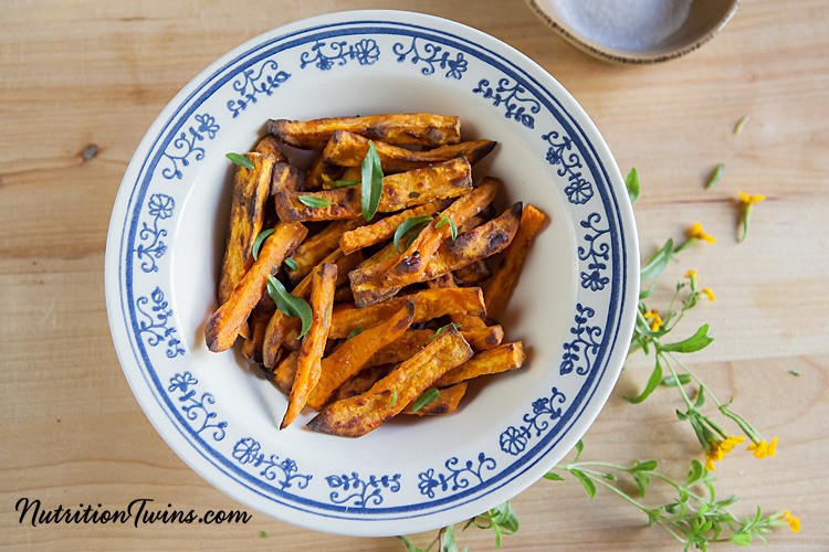 0001_NutritionTwins-sweetpotato-tarragon-garlic-fries_logo