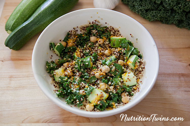 0006_NutritionTwins-chickpea-quinoa-kale-zucchini-garlic-paprika-tumeric-cumin_logo