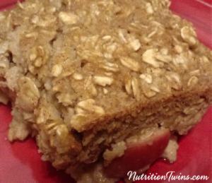 Baked cinnamon apple oatmeal