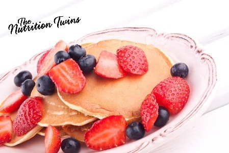 Pancakes_with_Berries