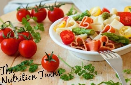 Pasta_Asparagus_Tomatoes_Herbs_Feta