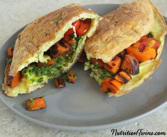 Pesto_Veggie_Omelet_6_crop