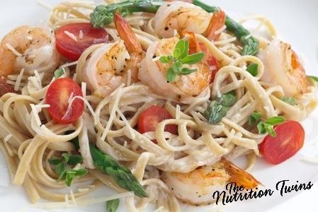 Shrimp_pasta_asparagus_tomatoes