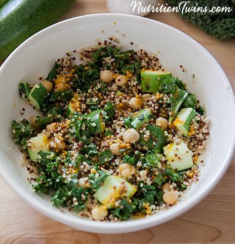 Vegan-chickpea-quinoa-kale-zucchini-UPCLOSE