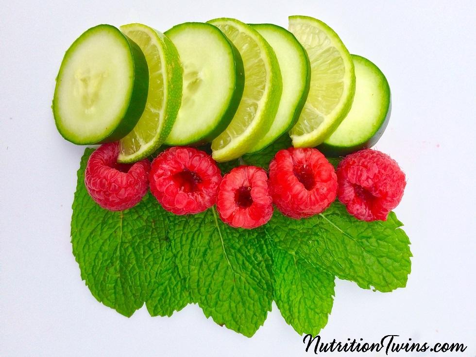Vitamin_C_Infused_Detox_Water_ingredients_small