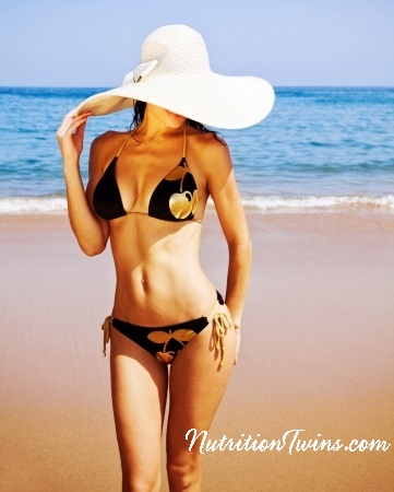 girl_bikini_hat